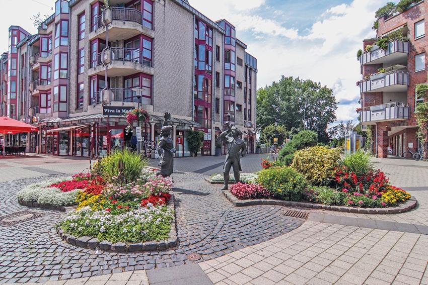 Als Immobilienmakler in Langenfeld vermittelt Laufenberg Immobilien auch Häuder in Immigrath.